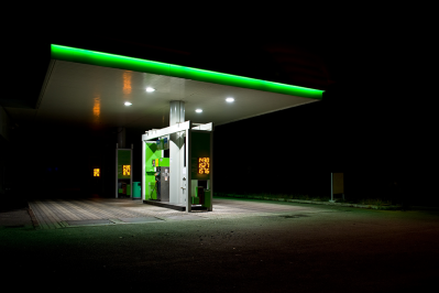 gas-station-night-123rF-9913970_xl.png